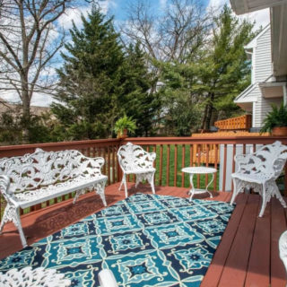 http://www.kennettsquarerentals.com/wp-content/uploads/2016/06/wonderful-deck-320x320.jpg